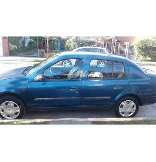 VENDO CLIO 2001